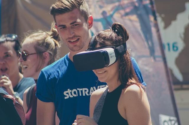 Jeder zweite Deutsche interessiert sich für Virtual Reality beim Shopping