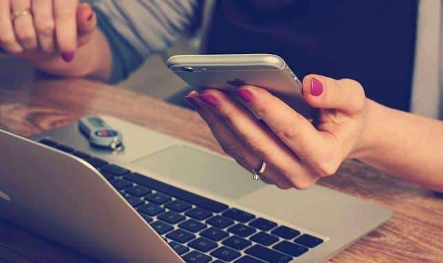 Volksbanken und Raiffeisenbanken führen mobiles Bezahlen mit Mastercard ein